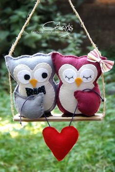 Needle Felted Animals: Chick Series – Armature and Wrapping by Sarafina Fiber Art – Needle Felting Felt Crafts Diy, Owl Crafts, Fabric Crafts, Sewing Crafts, Sewing Projects, Craft Projects, Felt Owls, Felt Birds, Felt Animals