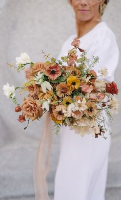 Dried Flowers Bouquet Bridal Shower Wishing Well Ideas Gift Ideas For My Groom Gift For Wedding Officiant Wedding Flower Guide, Floral Wedding, Wedding Colors, Wedding Art, Purple Wedding, Garden Wedding, Wedding Table, Wedding Ideas, Wedding Flower Arrangements