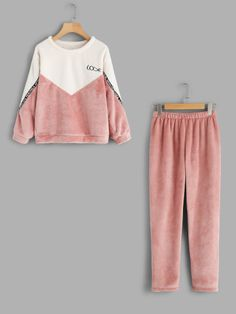 Shop Color Block Top And Pants Pajama Set online. SheIn offers Color Block Top And Pants Pajama Set & more to fit your fashionable needs. Pajama Outfits, Lazy Outfits, Cute Comfy Outfits, Tumblr Outfits, Kids Outfits Girls, Teen Fashion Outfits, Girls Fashion Clothes, Fashion Kids, Korean Fashion
