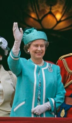 June 1990. Queen Elizabeth II and Prince William waving from the balcony of Buckingham Palace during the Trooping The Colour Ceremony, The Queen's Official Birthday. (L To R) Prince Edward, Duchess Of York, Queen Mother, Princess Margaret, Queen Elizabeth II, Prince Philip, Prince William, The Grand Duchess Josephine Charlotte Of Luxembourg, Prince Harry, Prince Charles, Lord Frederick Windsor, Princess Diana, Lady Rose Windsor, 16th June 1990. (Photo by Georges De Keerle/Getty Images) Elizabeth Philip, Queen Elizabeth Ii, Princess Anne, Princess Margaret, Prince Edward, Prince Philip, Prince Charles, Prince Harry, Lord Frederick Windsor