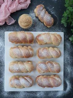 Karamelové pudingáče | Recepty - Mykitchendiary.sk Bread, Baking, Food, Basket, Bakken, Breads, Meals, Backen, Yemek
