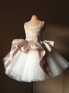Find Stylish Dresses For Any Occasion Wedding Dresses For Kids, Baby Girl Party Dresses, Dresses Kids Girl, Wedding Bridesmaid Dresses, Baby Dress, Dress Wedding, Wedding Blog, Stylish Dresses, Fashion Dresses