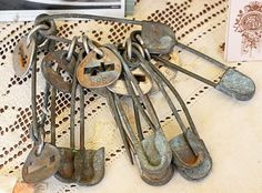 keys- someone titled this keys- They are old dipper pins...