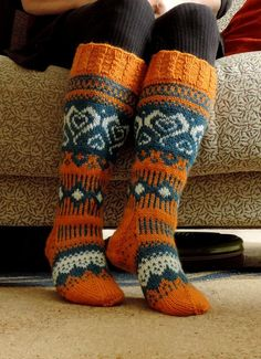 Crochet Socks, Knit Socks, Knitting Socks, Knit Crochet, Wool Hats, Cool Socks, Leg Warmers, Knitting Patterns, Projects To Try