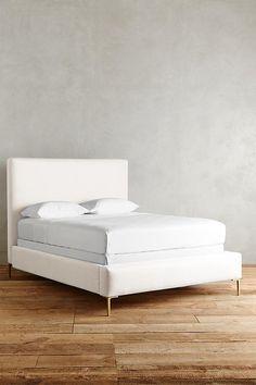 Slide View: 1: Belgian Linen Edlyn Bed