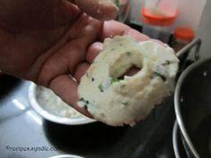 Instant Medu Vada Recipe Bread Medu Vada Recipe - Yummy Recipes Appetizer Recipes, Snack Recipes, Cooking Recipes, Yummy Recipes, Indian Breakfast, Breakfast Menu, Medu Vada Recipe, Batter Recipe