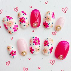 Nails for kids Super cute floral nails for summer or spring! Super cute floral nails for summer or spring! Cute Nail Art, Beautiful Nail Art, Cute Nails, Pretty Nails, Spring Nails, Summer Nails, Nail Art For Kids, Art Kids, Sunflower Nails