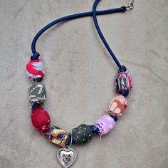 #fabricneklace #handmadeaccesories #handmadenecklaces #jewelrylovers #jewelryhandmade #handcraftedjewelry #handcrafted #handcraft #handcrafting (di batam indonesia)