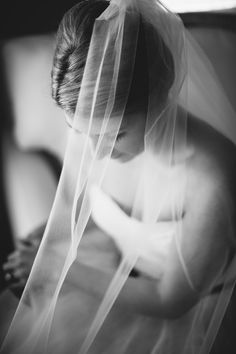 Perfect #veil shot | Photography: tonyspinelliphotography.com