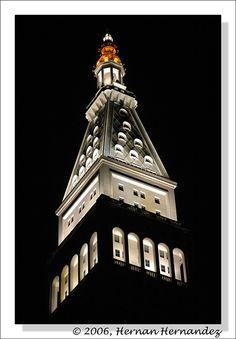 Metropolitan Life Insurance Building at Night