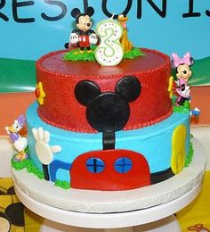 Mickey and Minnie Mouse club house cake Mickey Cakes, Mickey Mouse Cake, Minnie Mouse Party, Mouse Parties, Disney Parties, Kid Parties, Mickey Halloween Party, Mickey Party, Mickey Mouse Clubhouse Birthday Party