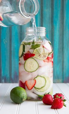 Strawberry Lime Cucumber and Mint Infused Water Strawberry Lime Cucumber and Mint Water- yum! The post Strawberry Lime Cucumber and Mint Infused Water appeared first on Summer Ideas. Refreshing Drinks, Yummy Drinks, Healthy Drinks, Fun Drinks, Fruity Drinks, Healthy Juices, Cold Drinks, Infused Water Recipes, Fruit Infused Water
