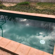 Increíble efecto color verde #liner #piscina www.reparaciondepiscinas.es Outdoor Decor, Home Decor, Green, Colors, Decoration Home, Room Decor, Home Interior Design, Home Decoration