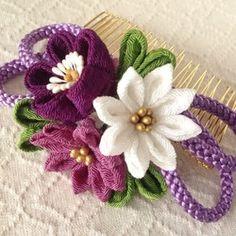 Ribbon Art, Ribbon Crafts, Ribbon Bows, Fabric Crafts, Sewing Crafts, Cloth Flowers, Felt Flowers, Diy Flowers, Fabric Flowers
