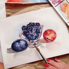 If you think that I can do something  right from the first time, you are so far from the truth - these plums I started to paint the fifth time 😀 ужас просто сколько я бумаги перепортила из-за этого нехитрого натюрморта