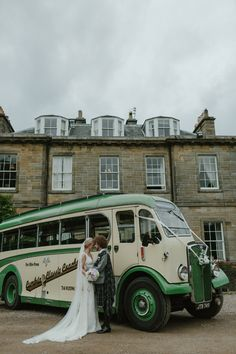 Vintage Bus Transport Pastel Summer Marquee Country Estate Wedding http://www.rooftopmosaic.com/