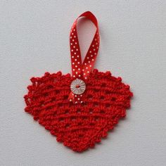 Hartjie versiersel - rooi Heart Decorations, Christmas Ornaments, Holiday Decor, Red, Home Decor, Products, Xmas Ornaments, Homemade Home Decor, Christmas Jewelry