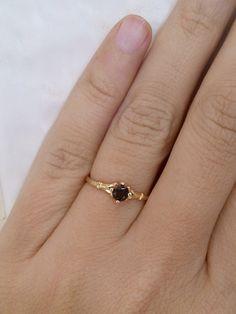 SALE Black onyx ring slim ring delicate ring von KarelliJewelry, ₪79.00