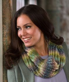 Bird Seed Cowl Free Knitting Pattern in Red Heart Yarns