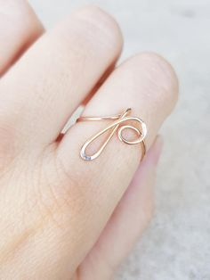 initial P wire wrapped ring 22k Rose Gold