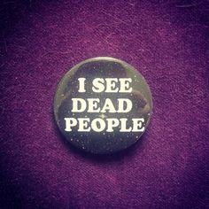 badge 6eme sens par MelleNora sur Etsy #sixiemesens #etsy #badge #pins