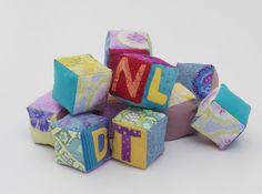 Cubes avec des lettres