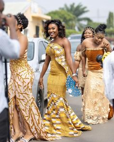 Kente Dress, Kente Styles, Black Bride, Traditional Wedding, Ootd Fashion, Happily Ever After, Happiness, African, Formal Dresses