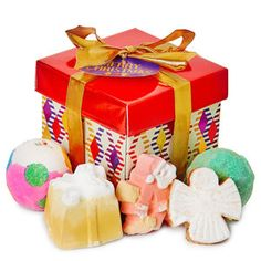 Merry Christmas Lush Wrapped Gifts