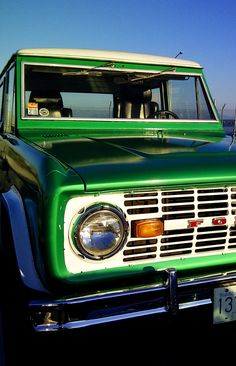 Green Classic Ford #Bronco Get #cooking @ http://chefdepot.com
