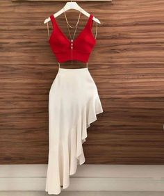 Two Piece Chic Prom Dress – classygown Classy Outfits, Chic Outfits, Trendy Outfits, Summer Dress Outfits, Skirt Outfits, Look Fashion, Fashion News, Fashion Brands, Fashion Women