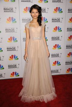 At the 43rd annual NAACP Image Awards in Los Angeles. - ELLE.com