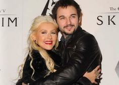 Christina Aguilera and Matthew Rutler are Expecting!