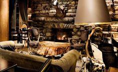 L' Hôtel Park Lodge http://www.vogue.fr/voyages/adresses/diaporama/un-noel-a-megeve/16670/image/890038#!guide-du-week-end-megeve-le-bar-du-trapeur-hotel-park-lodge