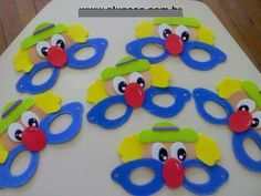 Examples of preschool clown art activities art and science Kids Crafts, Clown Crafts, Circus Crafts, Carnival Crafts, Diy And Crafts, Circus Theme, Circus Party, Camera Crafts, Clown Party