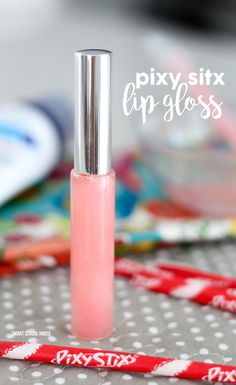DIY Pixy Stix lip gloss tutorial - an easy DIY lip gloss idea