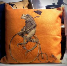 Gorgeous Vintage Style Frog and Bicycle Cushion from Rua Dublin Vintage Style, Vintage Fashion, Dublin, Bicycle, Cushions, Throw Pillows, Bike, Toss Pillows, Toss Pillows