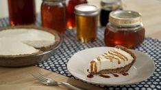 Vanilla Bean Cheesecake Pie with Homestyle Honey Crust