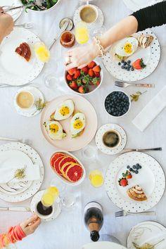 5 mesas de brunch para se inspirar: https://www.casadevalentina.com.br/blog/5%20MESAS%20DE%20BRUNCH%20PARA%20COPIAR%20J%C3%81! ------------------------------------------------------  5 brunch tables for inspiration: https://www.casadevalentina.com.br/blog/5%20MESAS%20DE%20BRUNCH%20PARA%20COPIAR%20J%C3%81!