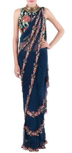 This saree from papa don't preach is damn pretty for INR Indian Dresses, Indian Outfits, Indian Clothes, Simple Sarees, Stylish Sarees, Indian Designer Outfits, Indian Couture, Saree Styles, Indian Sarees