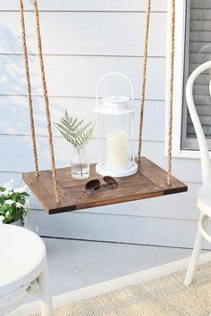 Easy DIY Floating Table! Perfect for outdoor or indoor spaces. Click to get the free build tutorial!