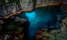 Ontario Canada Cyprus Lake Grotto Bruce Peninsula National Park 30 min hike down Bruce Trail climb through Niagara Escarpment Beautiful Places To Visit, Oh The Places You'll Go, Places To Travel, Best Swimming, Swimming Holes, Ontario Parks, Ontario Travel, Seen, Canada Travel