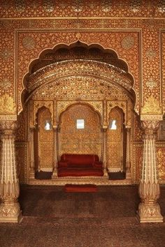 Ornately decorated room inside a Palace in Bikaner, Rajasthan, via http://www.GeTSHolidays.com/ ~ @getsholidays
