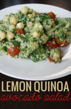 Lovely lemon quinoa avocado salad (clean eating!) that's high in protein and perfect by itself or as a side dish #cleaneating #quinoa