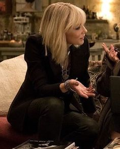 #Lou #CateBlanchett #Oceans8 Ocean's Eight, Oceans 8, Atomic Blonde, Leather Blazer, Rock Chic, Cate Blanchett, Urban Chic, Celebs, Celebrities