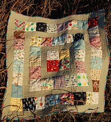 calm neutral background and echo quilting