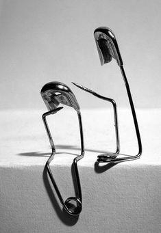 Tra adesso e adesso tra io sono e tu sei la parola ponte. Octavio Paz