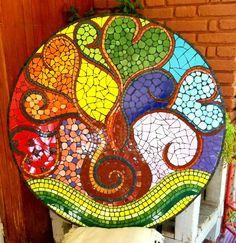 #mosaico #jardín #azulejos #colores #mandala #arboldelavida #deco