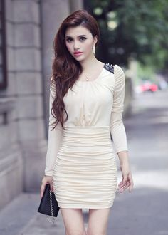Sweet & Fresh Round-neck Puff Sleeve Wrinkle Full Coverage Dress----Apricot