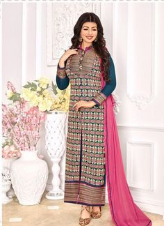 Buy salwar suits, salwar kameez and designer salwar suits online. Order this groovy embroidered and resham work designer straight suit for festival and party. Bollywood Suits, Bollywood Dress, Bollywood Fashion, Bollywood Style, Designer Suits Online, Designer Punjabi Suits, Indian Dresses, Indian Outfits, Buy Salwar Kameez Online