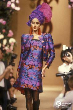 Yves Saint Laurent S/S 1990 Couture.